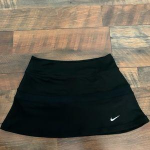 Girl's Nike Tennis Skirt Medium - Like new